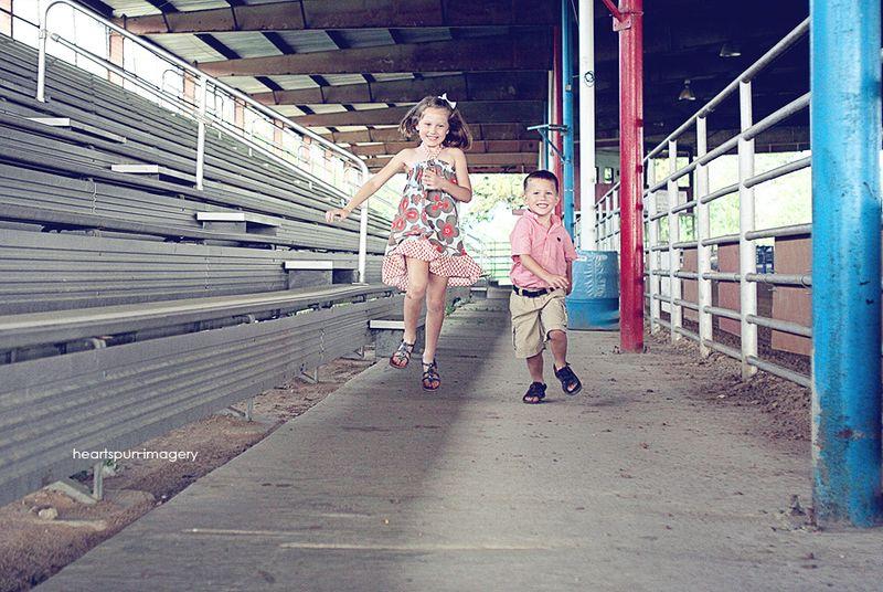 Kylie and Blake 031v